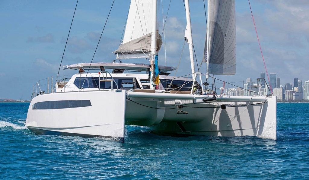cruising-performance-Seawind-1600-catamaran-flagship-cruising-performance-1